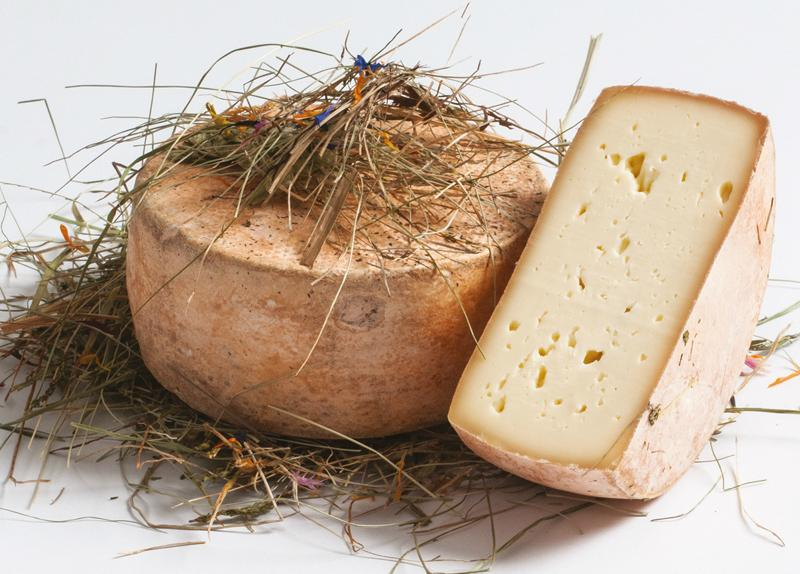 Degust Fienoso - Käse affiniert mit Almheu