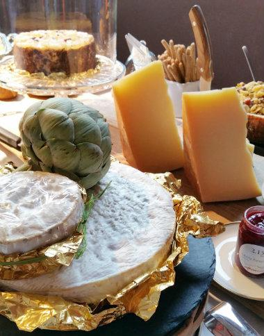 Beispiel für ein umfangreiches alpenweit Käse Catering